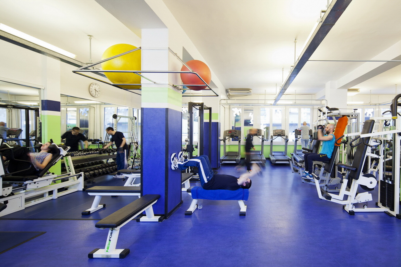 Palestra ICOS - La sala fitness (2)