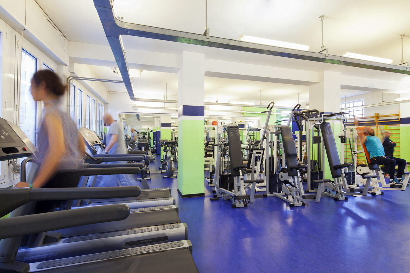 Palestra ICOS - La sala fitness (3)